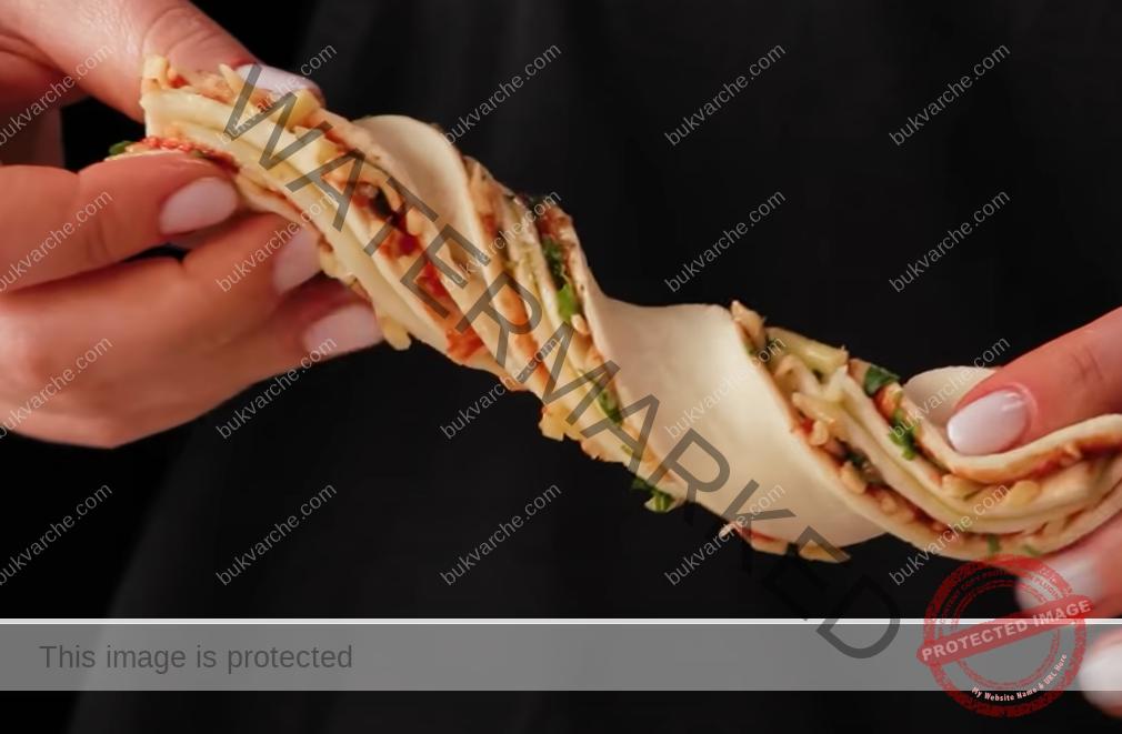 Пръчици от бутер тесто с пълнеж - лесни и вкусни